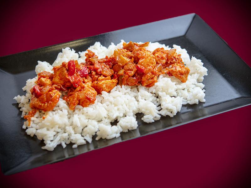 Q9 Lecsós csirkemell - Jázmin rizs