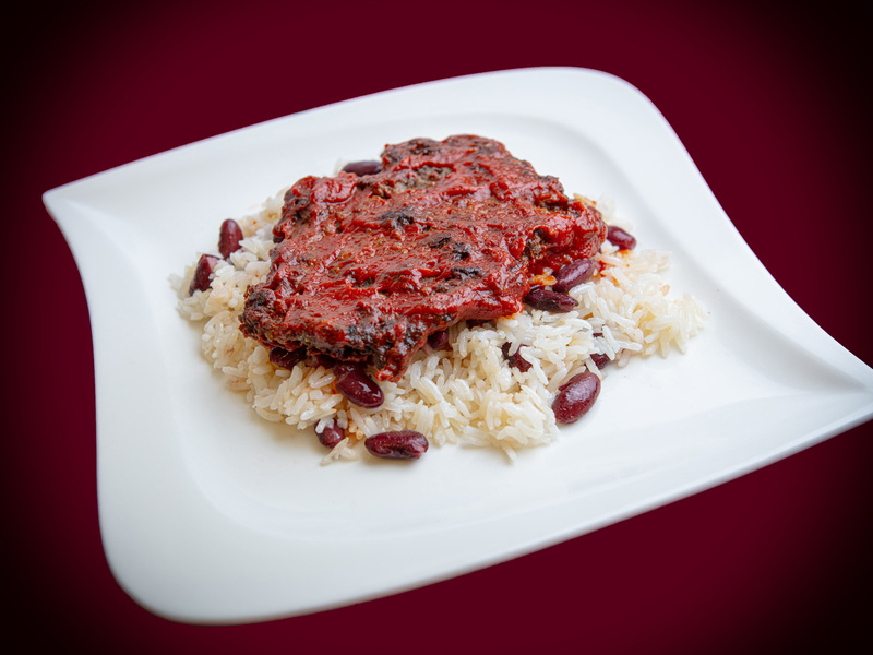 Q16 BBQ Marhapogácsa vörösbabos jázminrizzsel